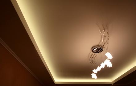 Светодиодные ленты в закарнизной подсветке
