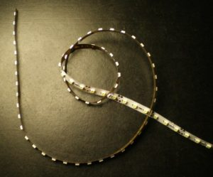 Светодиодная лента 100 светодиодов на метр